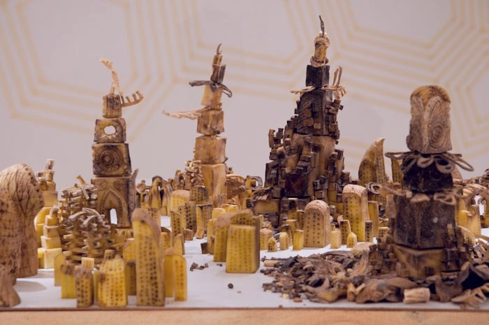 Город, вырезанный из 80 кг картофеля. Инсталляция Питера Рута (Peter Root)