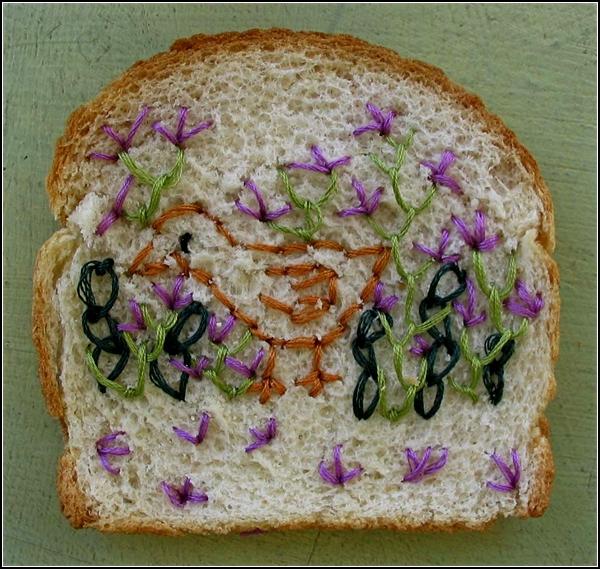 Вышивка на хлебе. Другое искусство