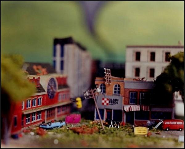 Торнадо в Канзасе. Проект Accidentally Kansas