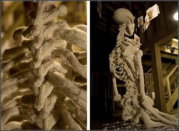 Вязаный скелет в арт-проекте Бена Куэвас