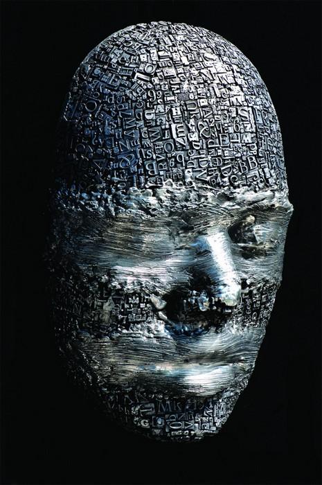 Металлическая голова, скульптура Дейла Даннинга (Dale Dunning)