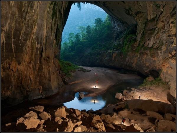 Hang En Cave, Vietnam