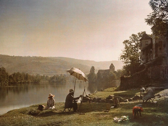 Artists, Dordogne River