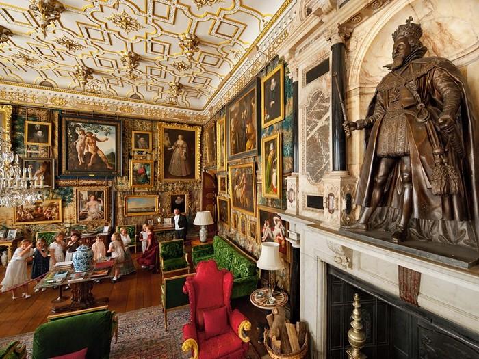 King James Statue, England