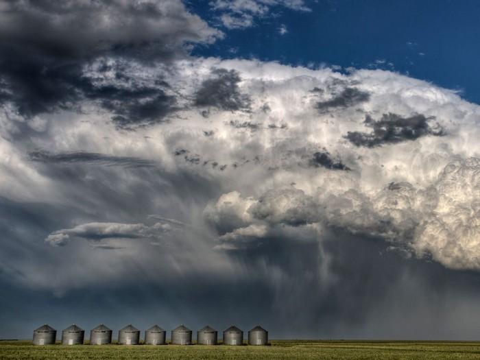 Thunderheads, Canada