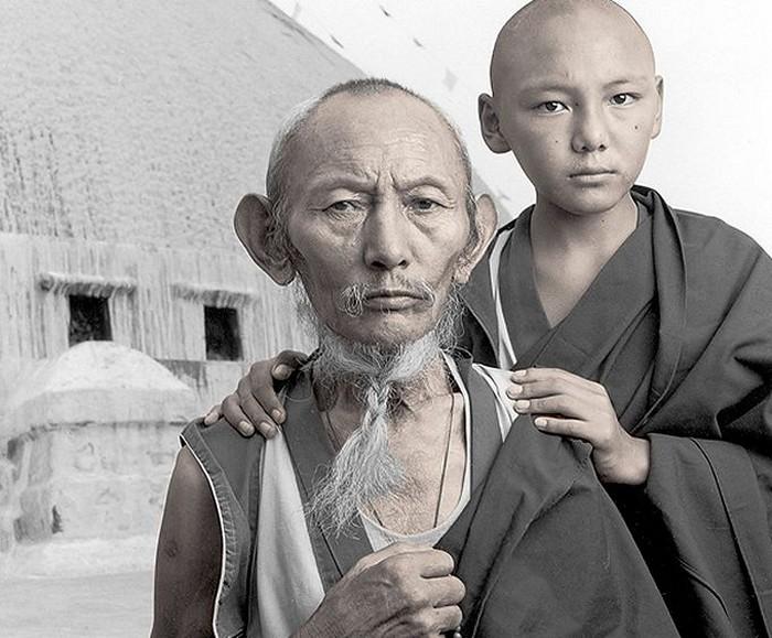 Лобсанг, 67 лет и Тенцин, 13 лет. Бодхнат, Непал