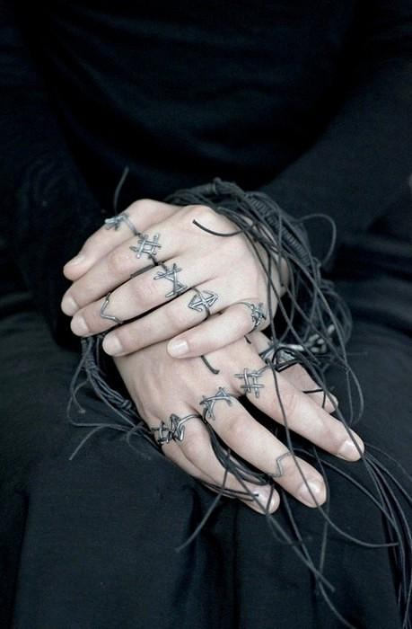 Rune Rings. Серия серебряных колец с рунами от Joanna Szkiela