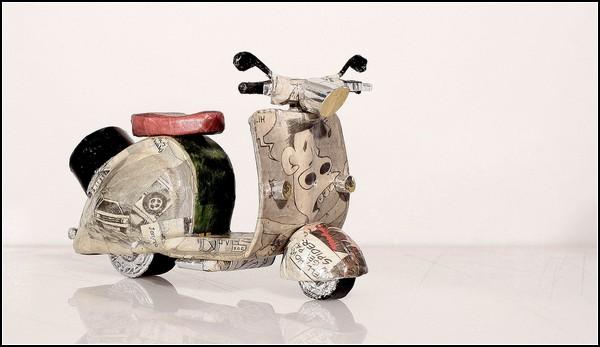 Бумажный арт-проект Scooper. Скутеры из бумаги