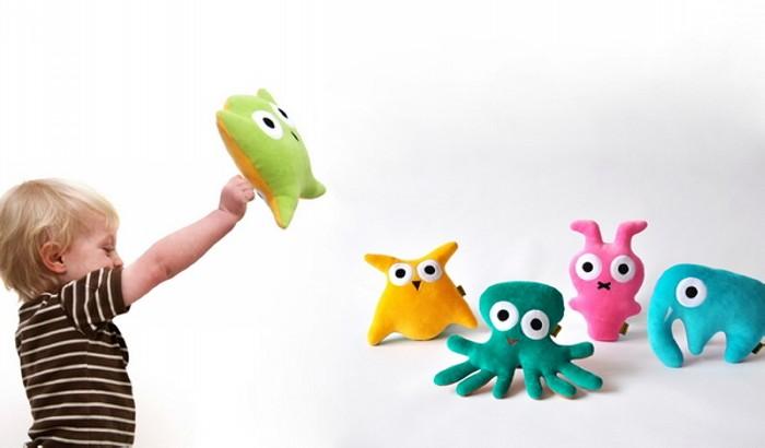 Серия детских игрушек-перевертышей от Vandis