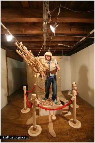 Майкл Ри (Michael T. Rea) со своим изделием - двадцатиствольной пушкой