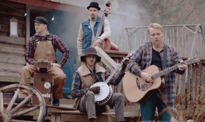 Финская фолк-группа Steve 'N' Seagulls.
