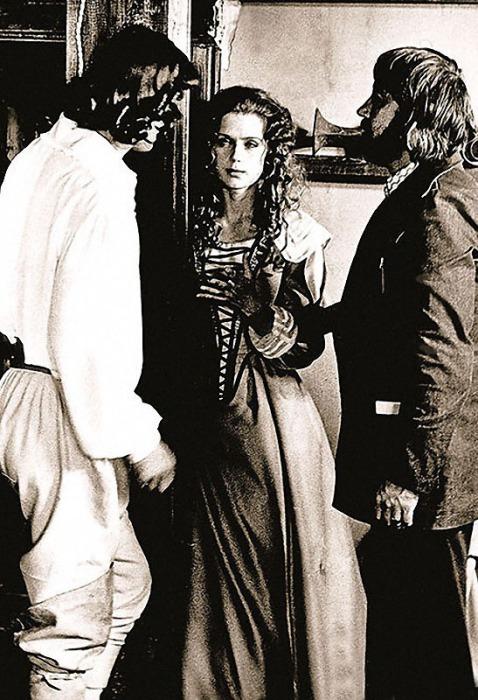 На съёмках фильма *Дартаньян и три мушкетёра*.