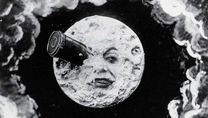 «Путешествие на Луну».