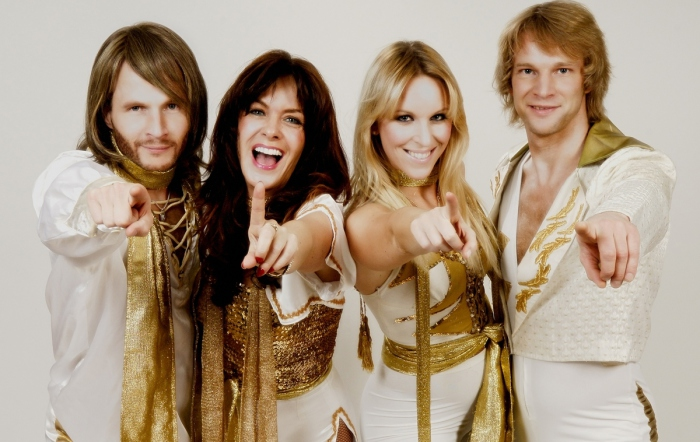 Новогодний хит на все времена от шведской группы «АBBA».