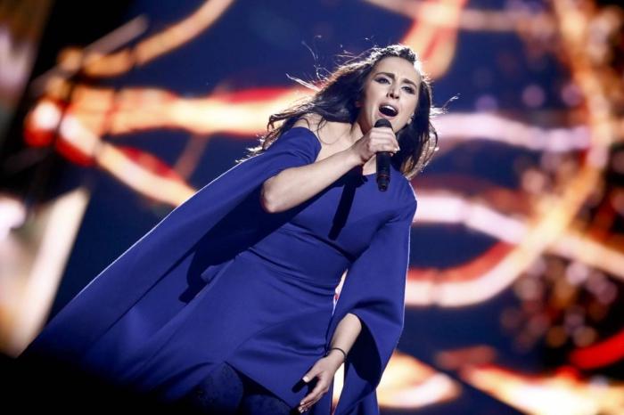 Евровидение-2016: Джамала взорвала конкурс номером с яркими спецэффектами.