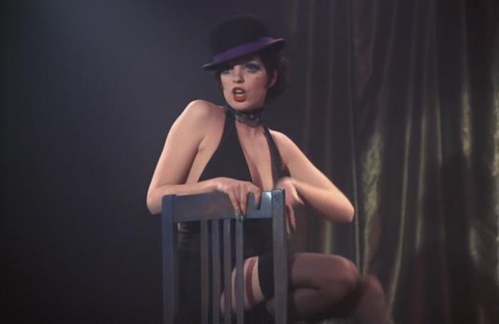 Лайза Минелли в роли Салли Боулз.
