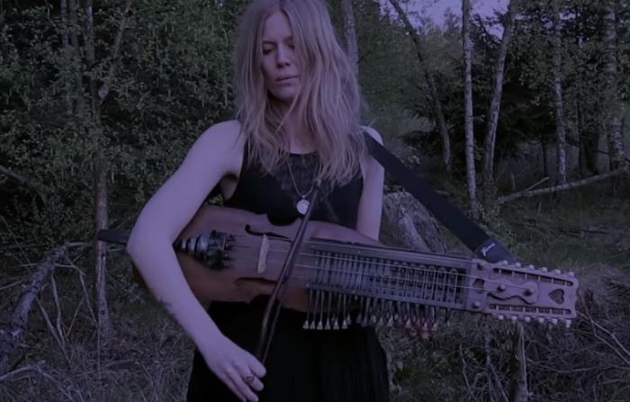 Так звучит шведский народный инструмент некельхарп