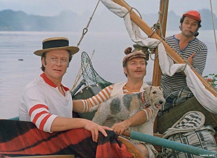 Кадр из фильма *Трое в лодке, не считая собаки*.