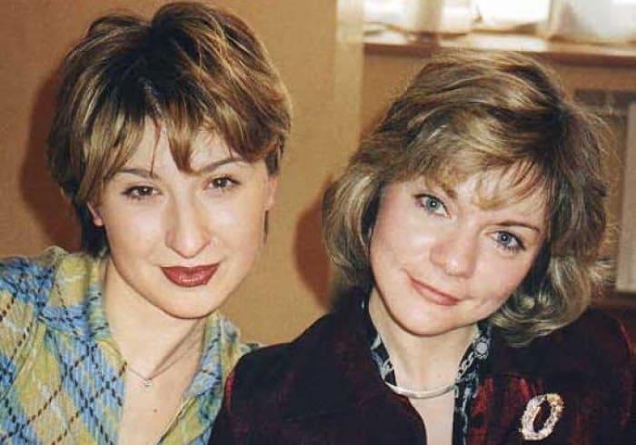 Марианна Ионесян (Юля Грибкова) и Наталья Мурашкевич (Алиса Селезнева) | Фото: trinixy.ru