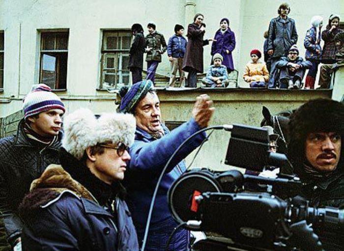 Режиссер Эльдар Рязанов на съемках фильма | Фото: womanhit.ru