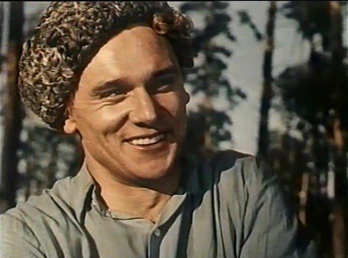 Георгий Юматов в фильме *Педагогическая поэма*, 1955 | Фото: kino-teatr.ru