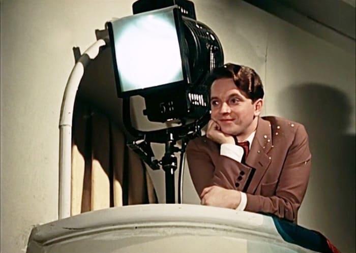 Юрий Белов в фильме *Карнавальная ночь*, 1956 | Фото: kino-teatr.ru