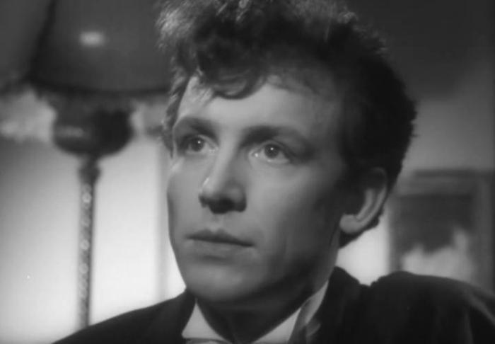 Иннокентий Смоктуновский в своем первом фильме *Как он лгал ее мужу*, 1956 (31 год) | Фото: kino-teatr.ru