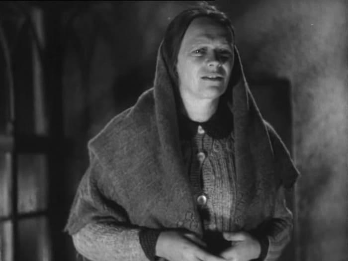 Одна из первых ролей Татьяны Пельтцер в фильме *Простые люди*, 1945 (41 год) | Фото: kino-teatr.ru
