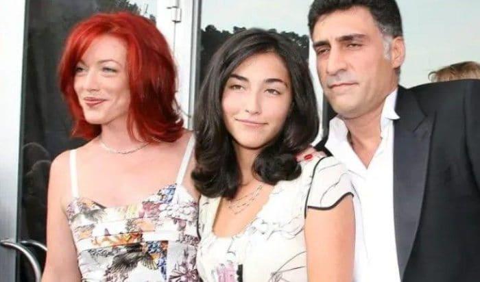 Актриса с первым мужем, Тиграном Кеосаяном, и их дочерью Александрой   Фото: uznayvse.ru