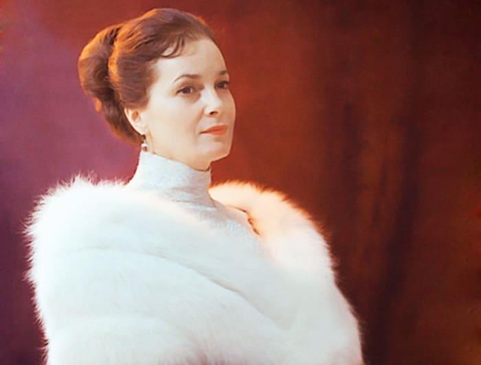 Народная артистка СССР Элина Быстрицкая   Фото: kino-teatr.ru