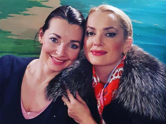 Мария Порошина и Наталия Антонова | Фото: smekhdosloz.ru