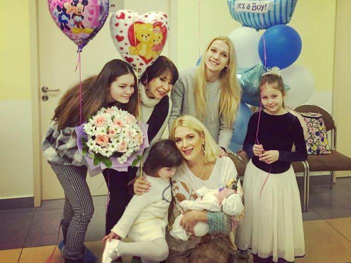 Актриса с детьми | Фото: wday.ru
