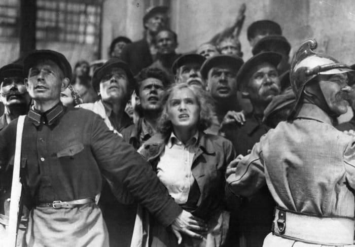 Кадр из фильма *Партийный билет*, 1936 | Фото: kino-teatr.ru