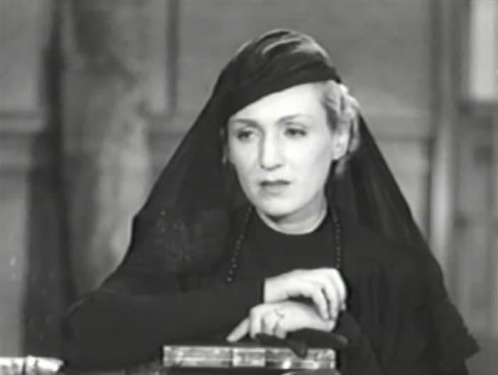Ада Войцик в фильме *Семья Оппенгейм*, 1938 | Фото: kino-teatr.ru
