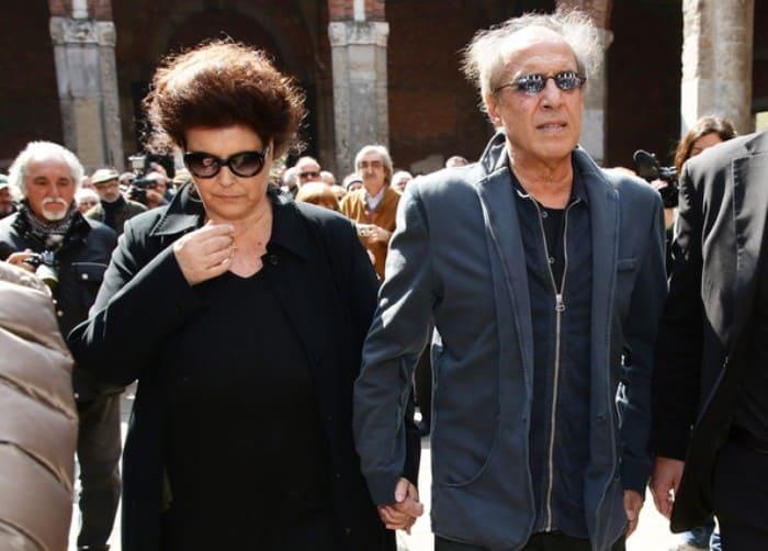 Адриано Челентано и его жена Клаудиа Мори | Фото: shining-stars.ru