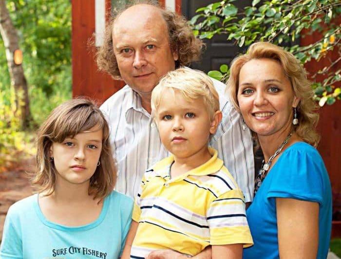 Алексей Войтюк и Татьяна Проценко с детьми | Фото: stuki-druki.com