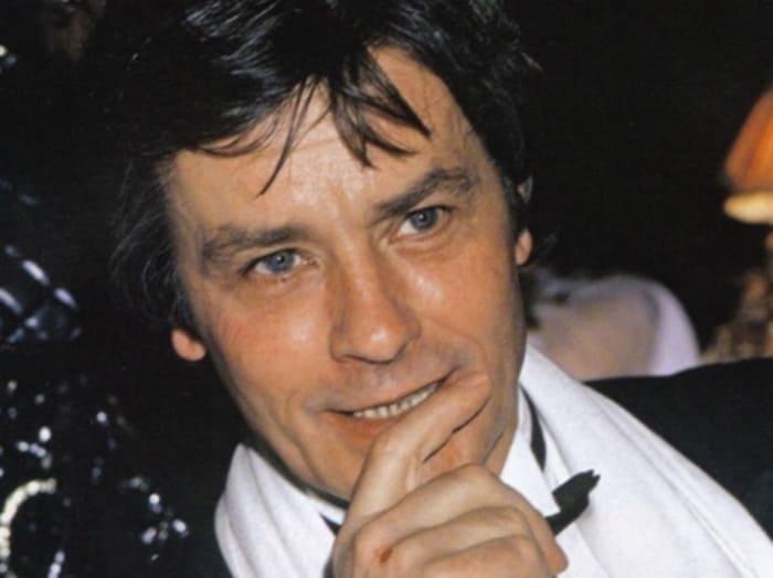 Знаменитый французский актер Ален Делон | Фото: kino-teatr.ru