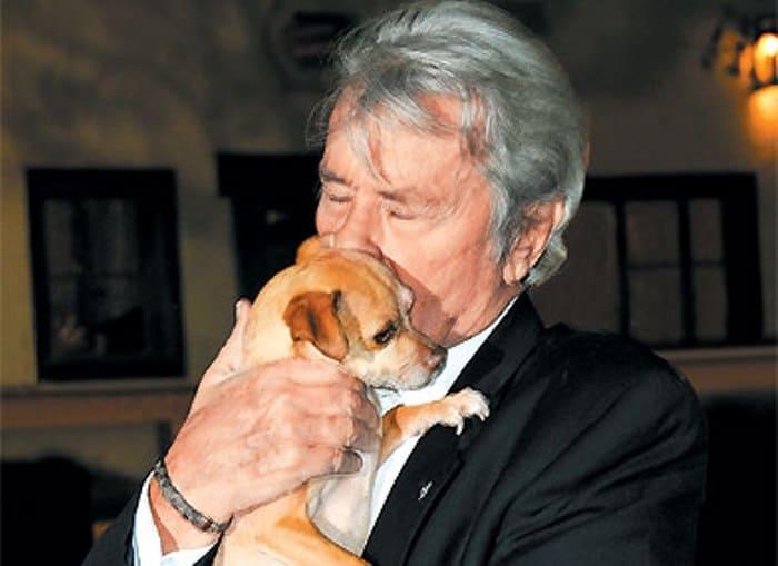 Знаменитый французский актер Ален Делон | Фото: tele.ru