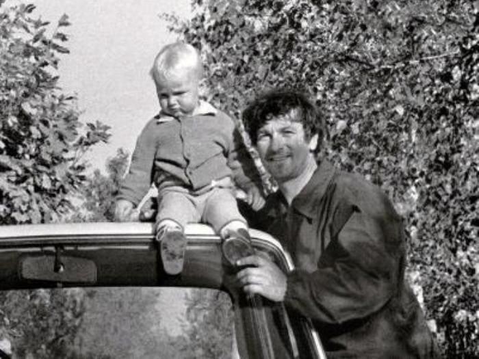 Актер с сыном Борей | Фото: biography-life.ru