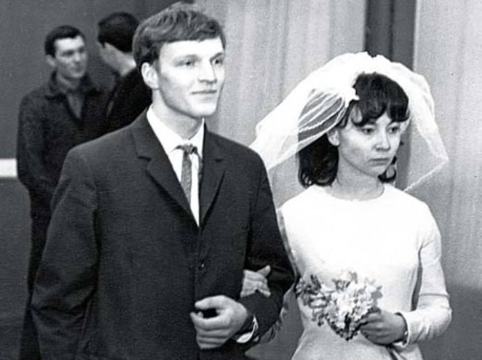 Александр Кайдановский и его первая жена Ирина Бычкова | Фото: stuki-druki.com