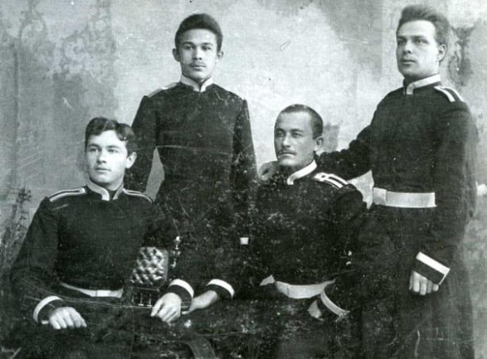Александр Ханжонков – первый слева | Фото: ksovd.org