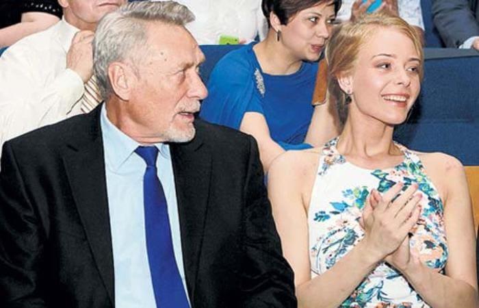 Актер с дочерью Анастасией | Фото: stuki-druki.com