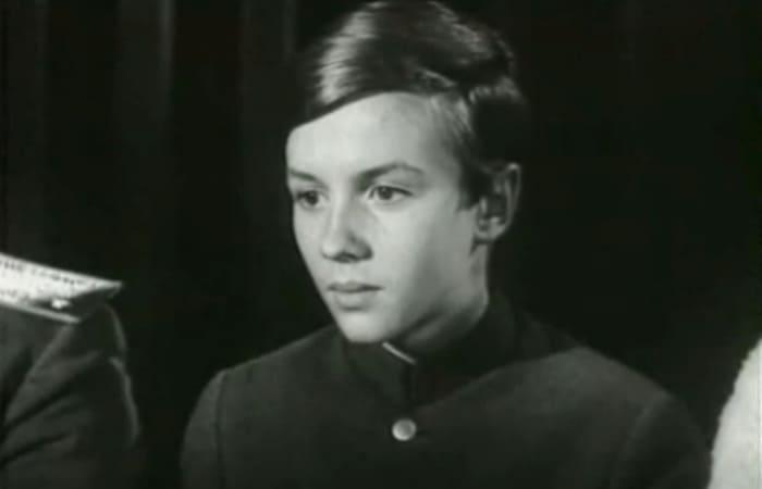 Саша Милокостый в фильме *Адъютант его превосходительства*, 1969   Фото: kino-teatr.ru
