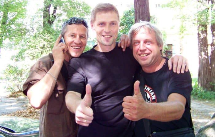 Александр Соловьев-младший на съемках сериала *Брат за брата*, 2010 | Фото: ruskino.ru