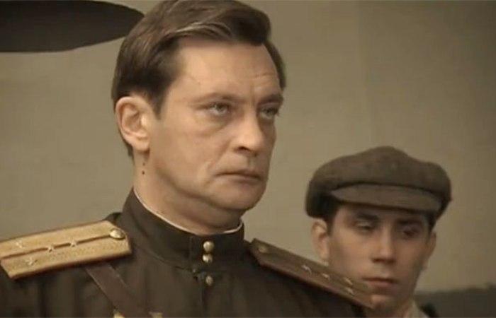 Александр Домогаров в сериале *Марьина роща*, 2012   Фото: kino-teatr.ru