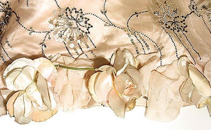 Элемент отделки платья | Фото: livemaster.ru