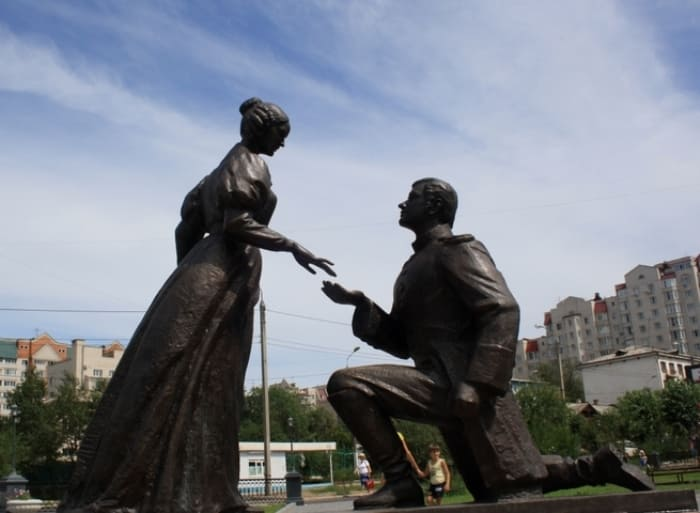 Памятник женам декабристов в Чите   Фото: liveinternet.ru