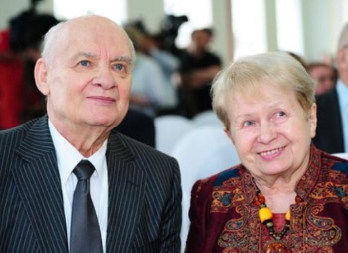 Н. Добронравов и А. Пахмутова | Фото: lifemo.ru