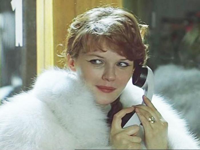 Александра Яковлева в фильме *Чародеи*, 1982   Фото: serialsinfo.ru