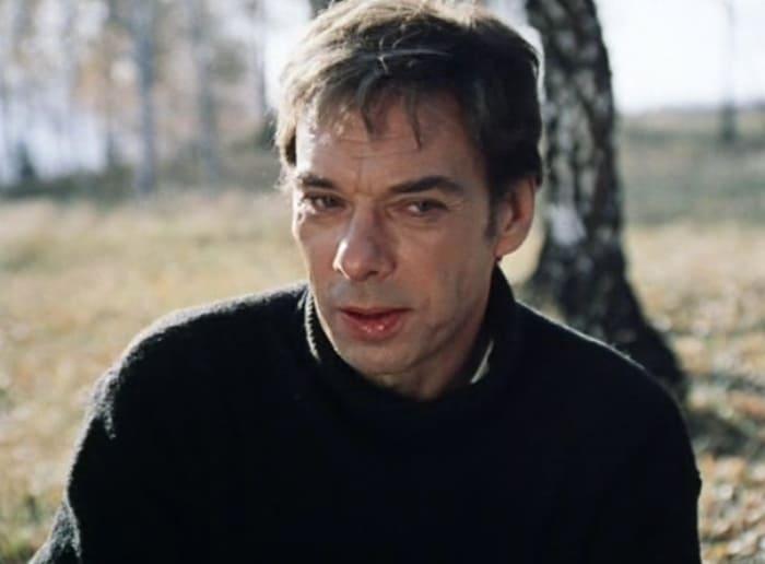 Алексей Баталов в фильме *Москва слезам не верит*, 1979 | Фото: kino-teatr.ru